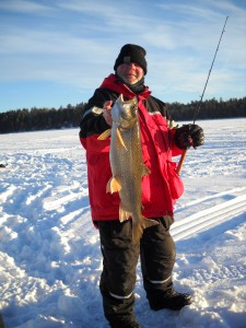 MN Trout Fishing   MN Ice Fishing   Rainy Lake Houseboats