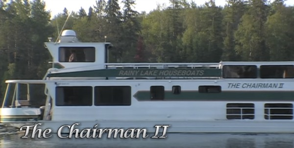 Here is a photo of the Chairman II houseboat from Rainy Lake Houseboats in action. You can fish, swim, dine and have a great time on Rainy Lake in this luxurious houseboat.